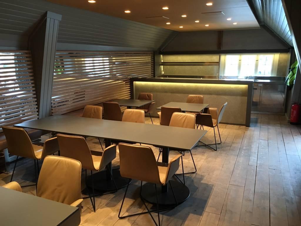 Bar in norvegia punto uno arreda for Idea uno arreda